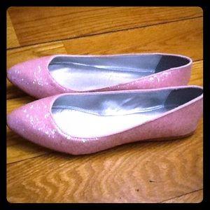 Shoes - ❗️12 HR SALE❗️ Pink Glittery Flats LAST PAIR (8)